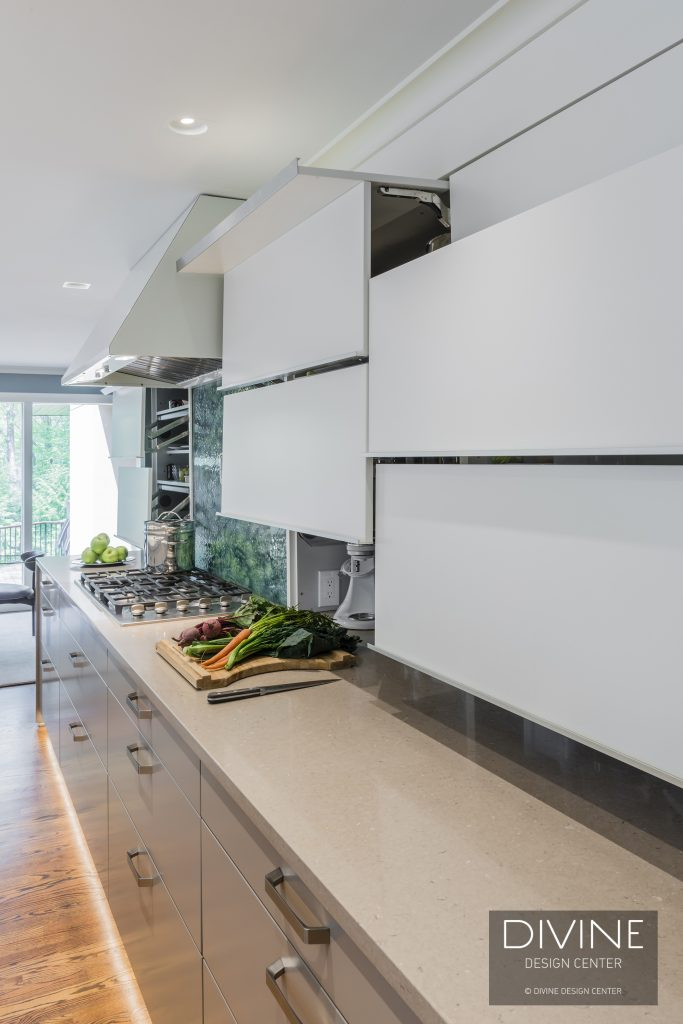 Wall units in the kitchen