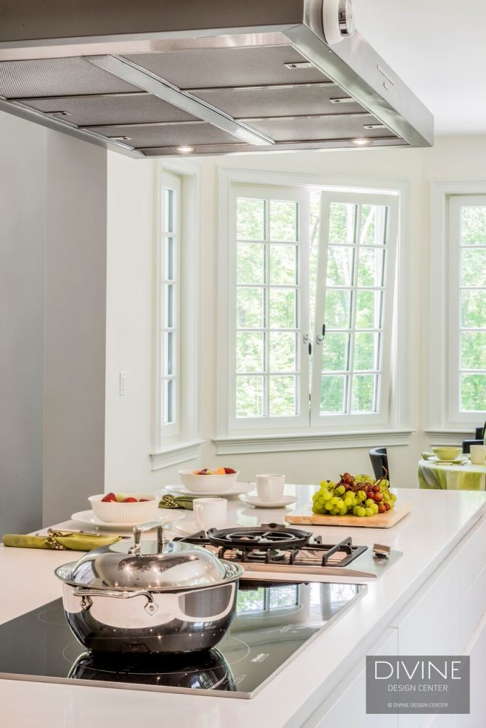 Before and After: a bright and modern kitchen